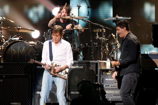 Cut Me Some Slack (McCartney, Grohl, Novoselic, Smear)